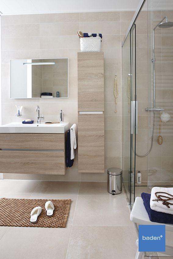 Royaal badmeubel met veel opbergruimte en voorzien van een keramische ...