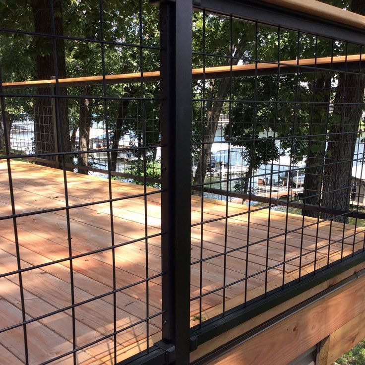 Welded Mesh Level Rail Panels By Wild Hog Railing In 2020 Wire Deck Railing Fence Design Backyard Fences