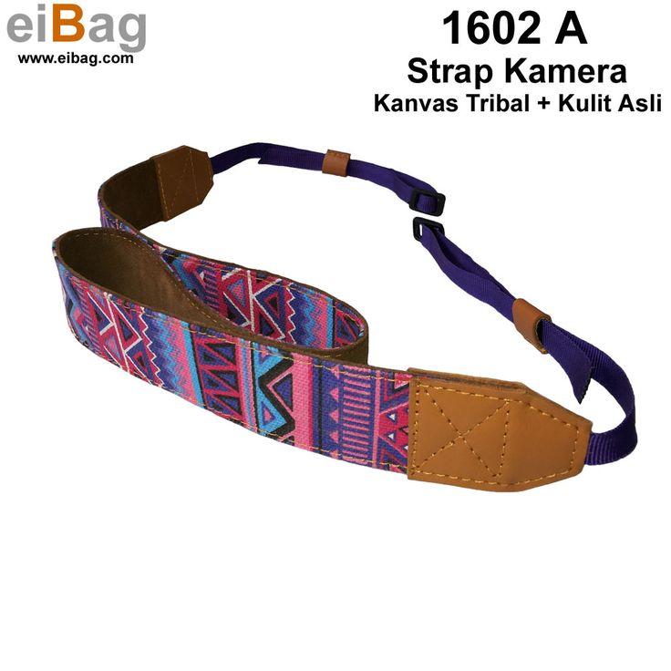 #strapkamera Strap kamera dslr bahan kanvas dan kulit asli produk EIBAG Bandung. Dengan bagian atas nya menggunakan bahan kanvas tribal warna ungu, dan bagian bawah bahan kulit asli. Bahan ujung kiri dan kanan juga menggunakan kulit asli. Harga murah berkualitas dan bersaing. Rp 95.000. Pemesanan : SMS / WA 0812 20339093 atau PIN BB : 3343A888