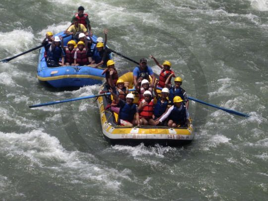 Simple #Travel & #Tourism Guide to #Manali - #White Water #Rafting in River Beas