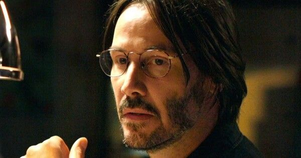 Keanu Reeves plays a devoted husband whose life is turned upside down by two seemingly-innocent women in the new trailer for 'Knock, Knock'.