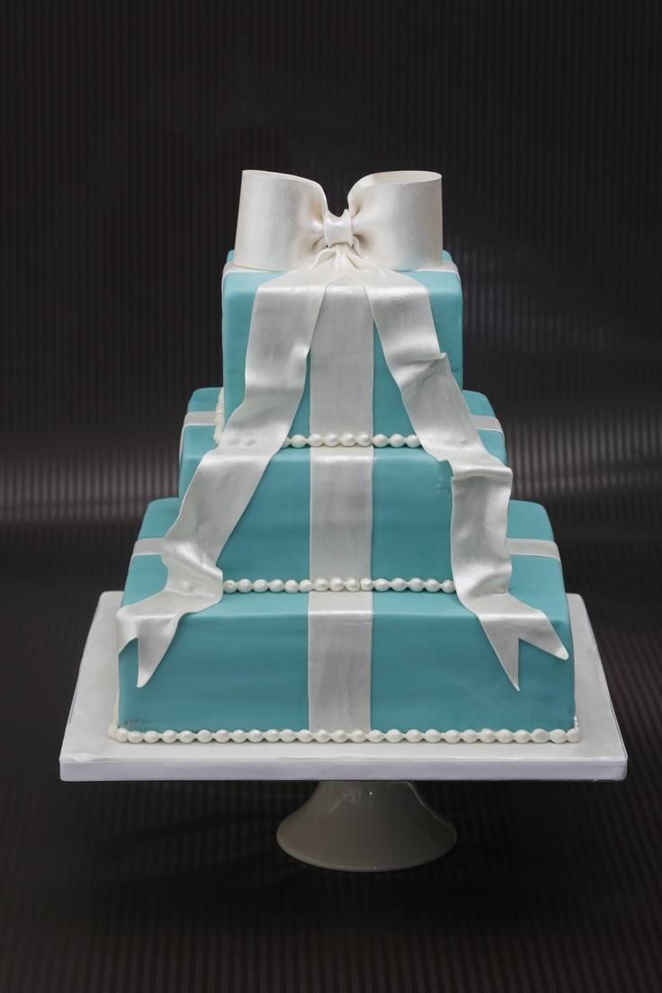 Three Tiers Tiffany cake
