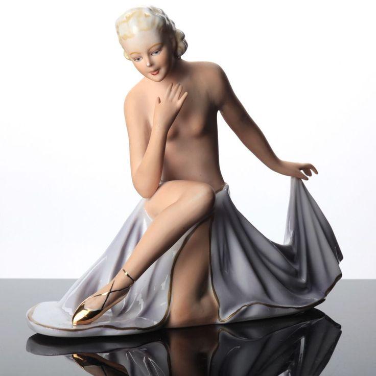 Porzellan Figur Fasold & Stauch 18032 Tänzerin sitzend Art Decó Ballerina