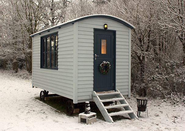 The English Shepherds Hut Co, Lake Sauna, Mobile Sauna