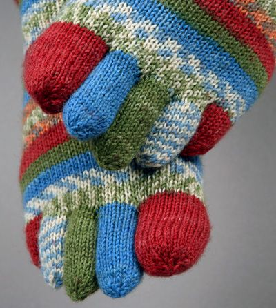 Knitting Pattern For Toe Socks : 358 best SOCK it 2 me and or put a SOCK in it!!!!!!!!!!!!!!!!!!! images on Pi...