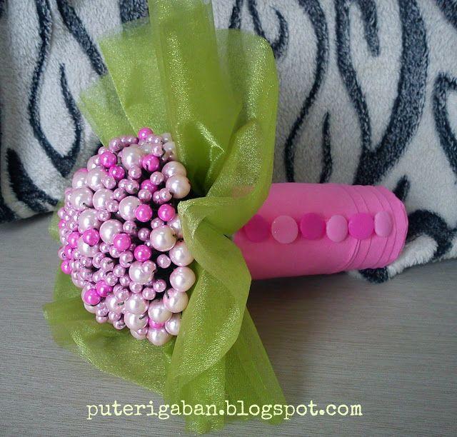 Nursaila Norman: Pearl Hand Bouquet : Bride 2 Be Kuala Kubu Bharu