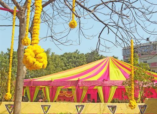 garden engagement decor yellow orange marigolds google search wedding pinterest gardens drones and indian weddings - Yellow Canopy Decor