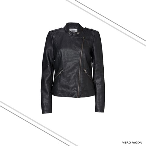 Give your everyday look a #fierce upgrade. Unleash your inner biker chic with this sturdy jacket.