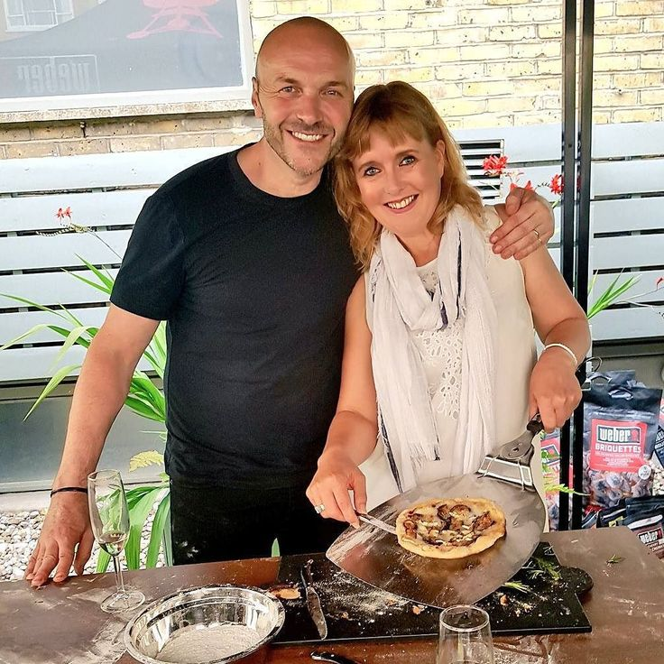 Yesterday evening I got to cook pizza on a barbecue with Simon Rimmer (Ch 5's Sunday Brunch)and then sit down to a sumptuous 3 course dinner all cooked on the Weber bbq's. So much fun and delicious food  . . . . . . . . . #food #foodie #foodporn #foodblogger #instafood #yum #tasty #bestdish #inspiration #homecooking #barbecue #foodpic #foodiepic #lovefood #london #foodies #instapic #foodism #foodheaven #foodgram #foodiegram #pizza #summer #summertime #sunny  #friends #celebfriends…