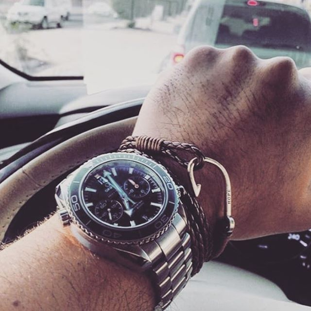 @saadalrashdan looking #dapper during his daily commute donning #TheWinston bracelet from @dappervigilante.  Congrats for being chosen as the #ShotofTheWeek!  #DapperVigilante