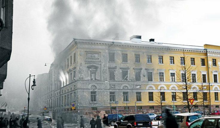 Kaartin kasarmi / Puolustusministeriö 26.-27.2.1944 / Nykyisin Kaartin kasarmin muurien suojissa toimii Puolustusministeriö. Pääportin pielessä on edelleen nähtävissä sodan jäljet. Kaartin kasarmin rauniot olivat pitkään muistuttamassa sodan tuhoista. Lopulta päärakennuksen julkisivut päätettiin entisöidä. Näin arkkitehti Carl Ludvig Engelin suunnittelema kasarmi koristaa yhä pääkaupunkia.