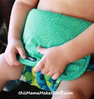 Fabric Travel High Chair Velcro is used in the tute but snaps can be substituted. Tutorial at: http://thismamamakesstuff.com/tutorial-this-mamas-fab-travel-chair/