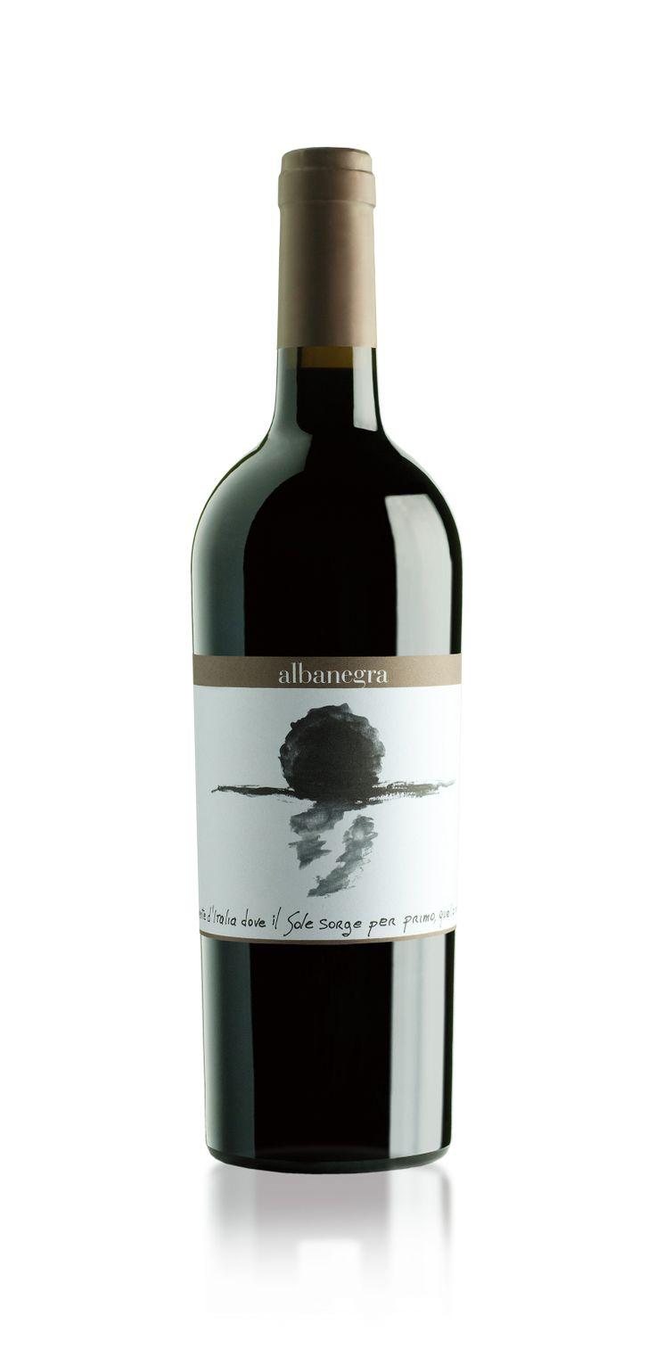 Albanegra - etichetta // Client: Menhir Salento // more on: www.idemdesign.it/graphic/