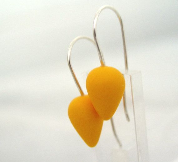 Yellow modern tear drop polymer clay earrings by AntigoniCreations