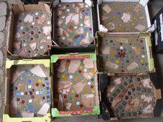 Selbstgemacht Weg-/Trittsteine aus Zement und Glasscherben/Bunten Steinen