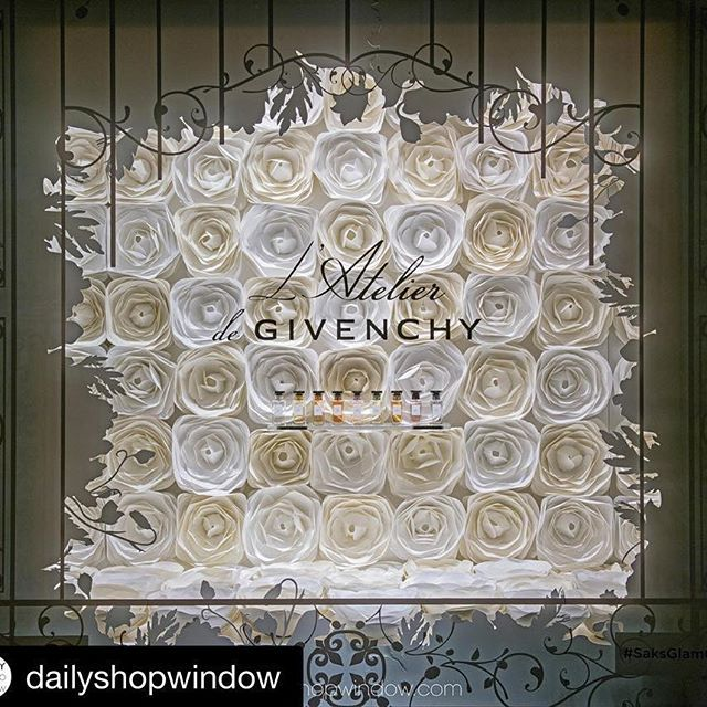 Saks Fifth Avenue, NYC, May 2016 #Repost @dailyshopwindow #dailyshopwindow…