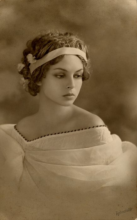 Vintage Photograph of a beautifull young woman