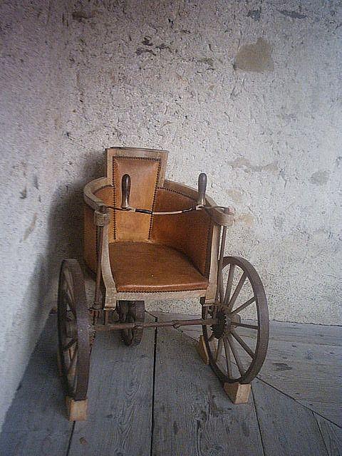 24 best silla de ruedas images on pinterest wheelchairs for Ruedas industriales antiguas para muebles