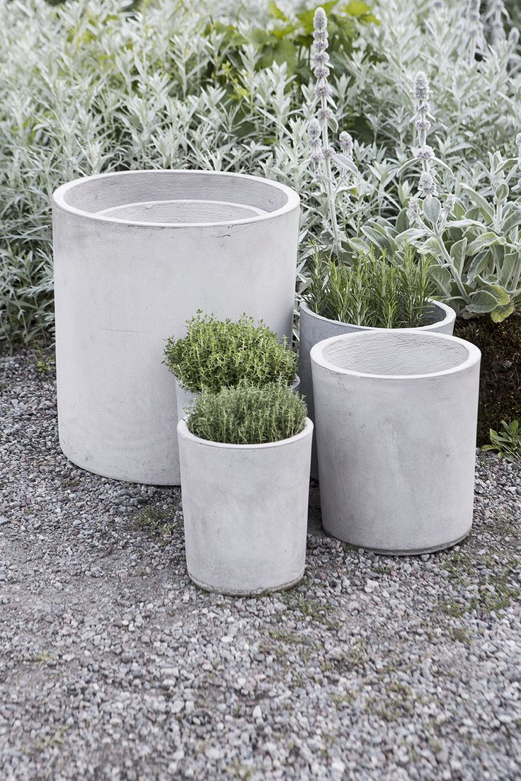 https://www.granit.com/category.html/uteliv Concrete cylinder pots