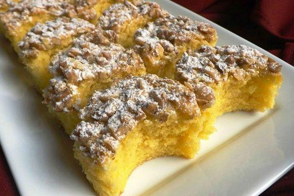 A Kossuth-kifli nem túl édes, a tésztája pedig semmilyen nehézséget nem jelent.