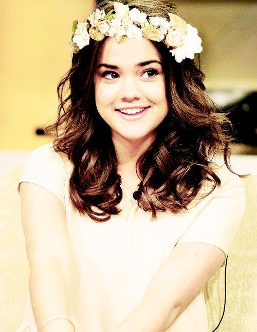 (Changing Sophia's fc to Maia Mitchell! Name is still Sophia! 2nd fc for Sophia is AnnaSophia Robb, so I'll be using both)