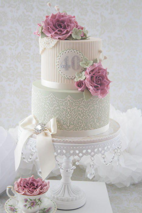 A Vintage Beauty for Tricia - Cake by cjsweettreats