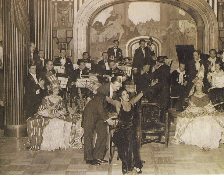 Жозефина Бейкер в Лидо::Josephine Baker in Lido