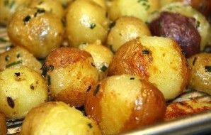 Baby New Potatoes With Butter & Chives Recipe - http://Recipezazz.com