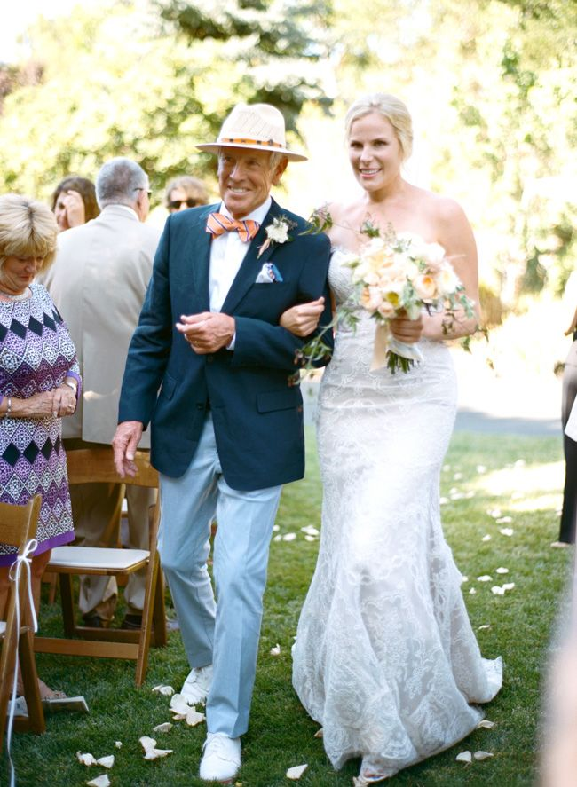 86c77c5475f096f39de4d4d6687ae051  father of the bride groom suits - father of the bride beach wedding attire
