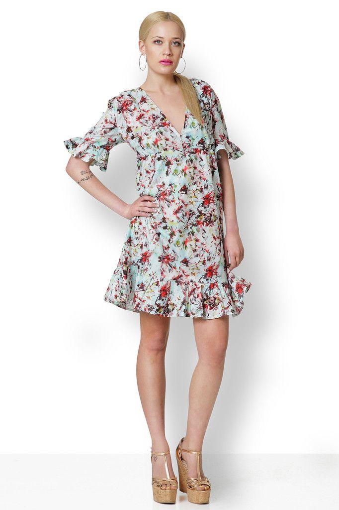 ΦΟΡΕΜΑ ΦΛΟΡΑΛ ΜΕ ΒΟΛΑΝ Ένα φόρεμα φλοράλ με boho διάθεση, ανάλαφρο, κοριτσίστικο και ταυτόχρονα σέξυ.