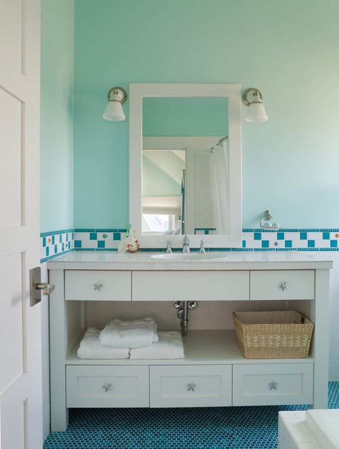 House of Turquoise: L'Echapper Belle - Bald Head Island, NC - Starfish knobs