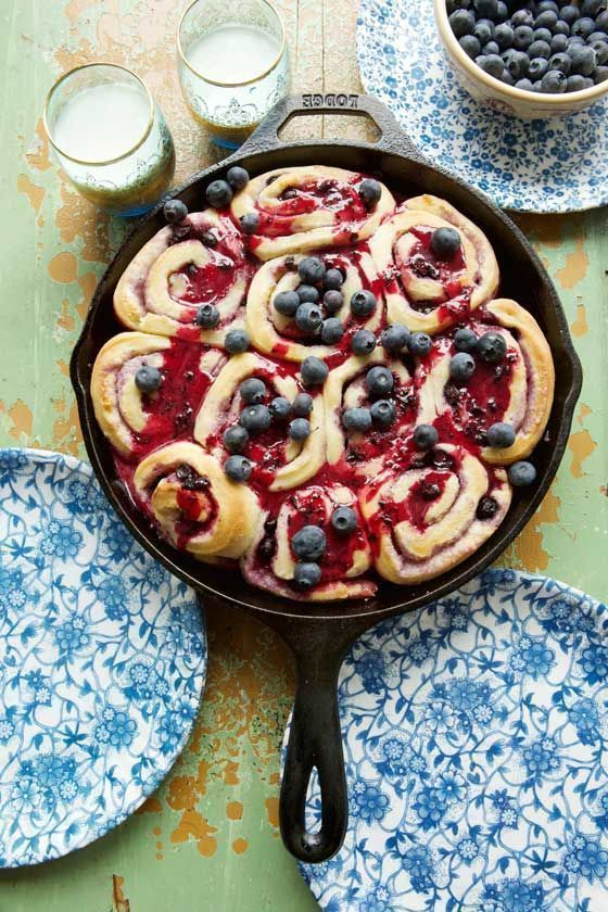 Delicious Cast-Iron Skillet Blueberry Sweet Rolls recipe