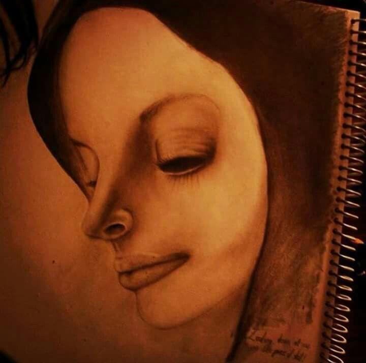 Artist: Mickaela BernhArt