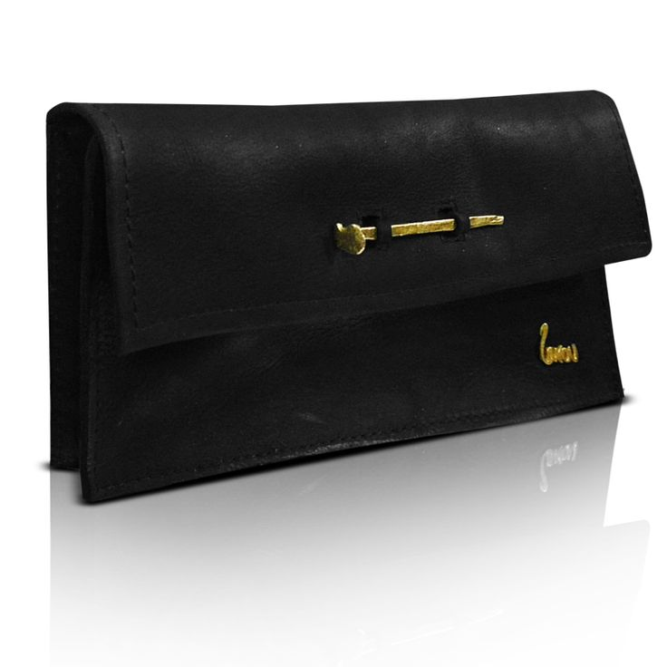 Handmade leather clutch bag  http://larou.gr/product/larou-zerotwo22/