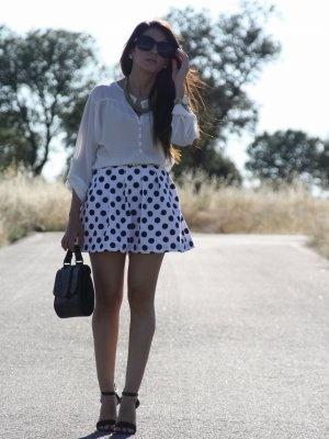 aliciaentrelazosyvestidos Outfit   Primavera 2013. Combinar Falda Blanca DIY(by me), Cómo vestirse y combinar según aliciaentrelazosyvestidos el 4-6-2013