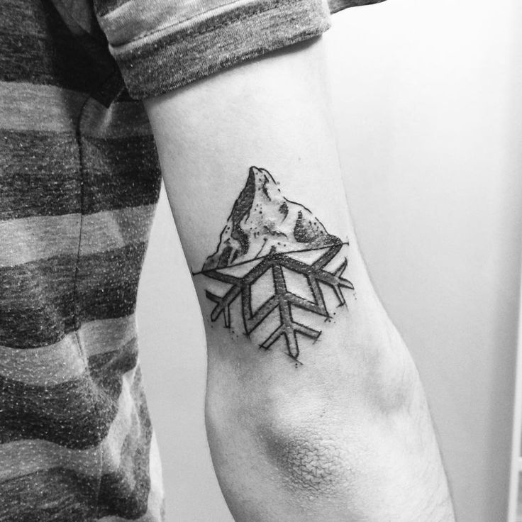 Amo la montagna - grazie Diego #alexfioratti #alexdeliriofioratti #tattoo…