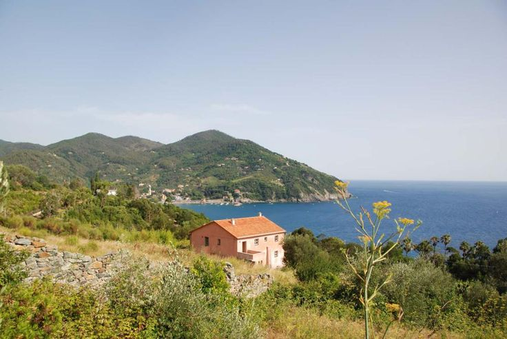 Le Lagore - Levanto - Liguria http://www.salogivillas.com/en/villa/le-lagore-22F8