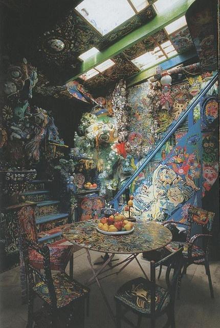 """La maison de celle-qui-peint, Pont-de-L'ecole, France. """"Eccentric Style"""", Taschen"""