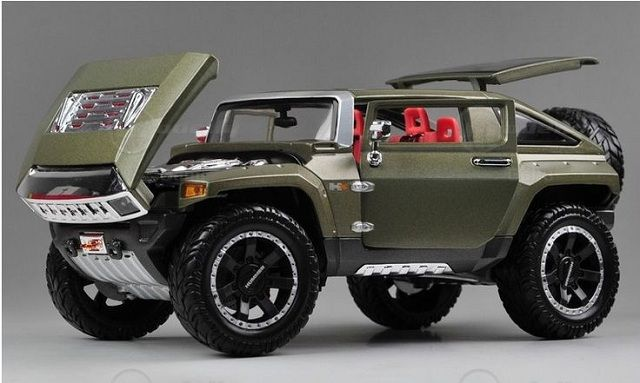 2017 Hummer H4-front view
