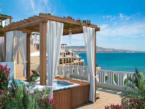 Patio Spa, Cabo San Lucas, Mexico....Oh Yeah Baby!!!! We'll have one of these some day!!!