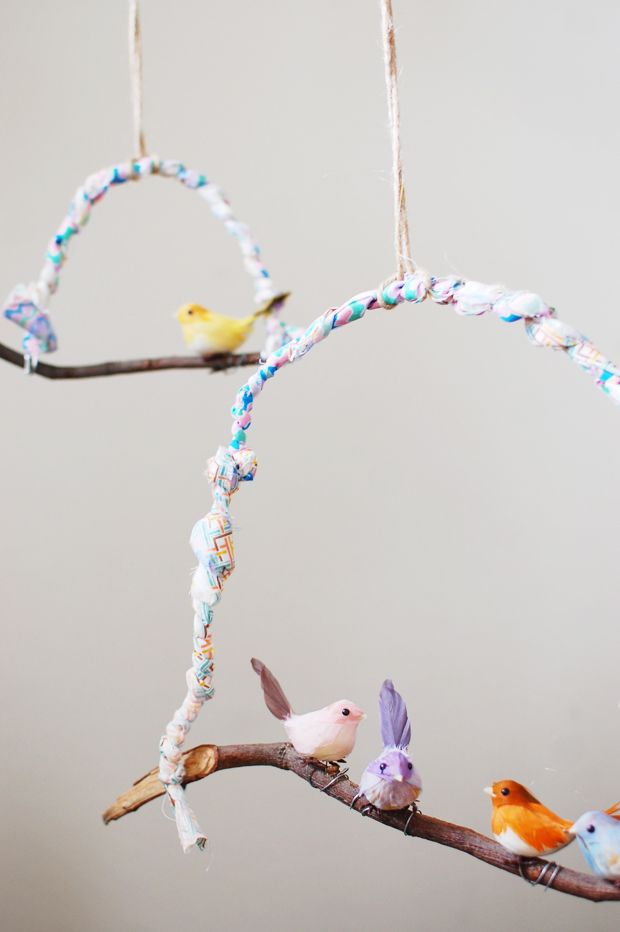 DIY: SWEET BIRD HANGING @Rosie HW HW HW Neilson Pinti-Rafaniello Gionfriddo questo è per te!