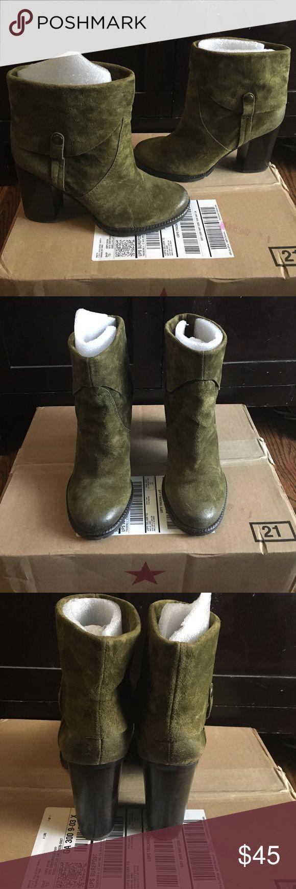 Franco Sarto boots Beautiful olive green Franco Sarto ankle boots Franco Sarto Shoes Ankle Boots & Booties