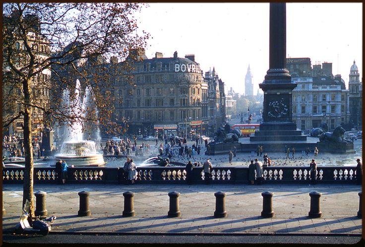 London, Trafalgar Square, 1957. Photo Sheila Micholson.