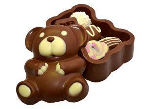 Шоколадный мишка Съедобный шоколадный мишка из вкусного бельгийского шоколада с 5 конфетами внутри. Вес - 255 г. http://www.aimant.ua/collections/product/chocolate_bear