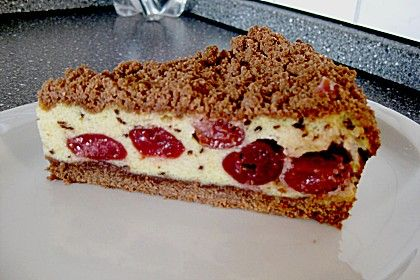 Schoko - Streuselkuchen mit Vanille - Kirschfüllung