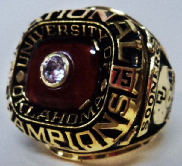 25 best images about NCAA - Football Rings on Pinterest ...