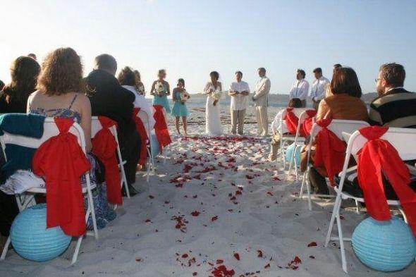 tiffany blue, red beach wedding | Weddingbee Photo Gallery