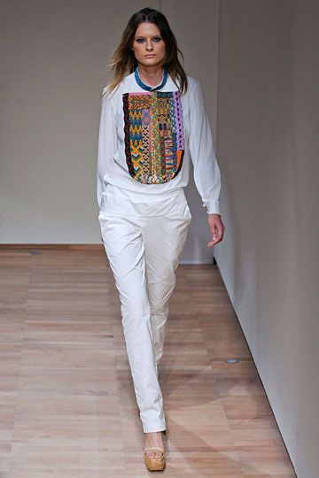 anne valerie hash #pfw - nice embroidery
