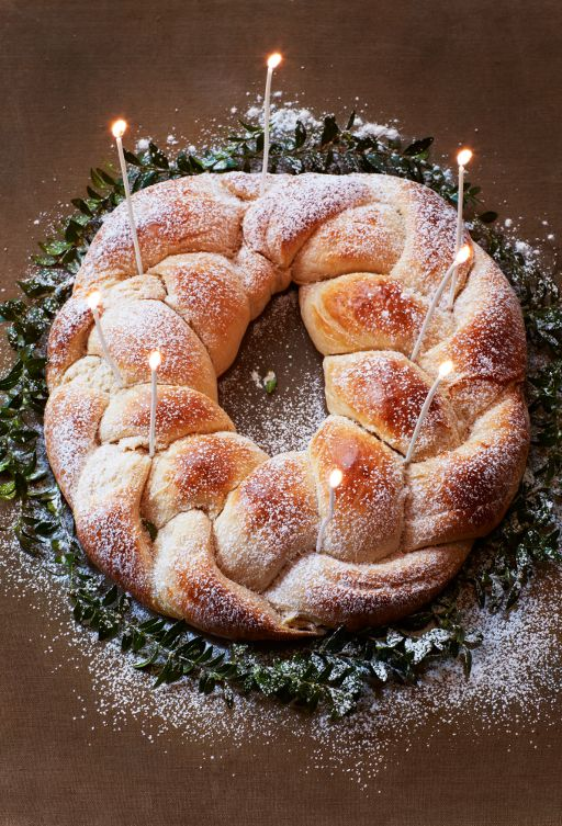 Cardamom Coffee Bread Wreath Plus 1 tsp. vanilla, plus 5 T. Flax ground, plus nutmeg, plus clove.
