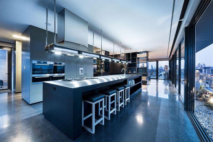 Amazing modern kitchen design. Homesandlifestylemedia.com #design #architecture #kitchen